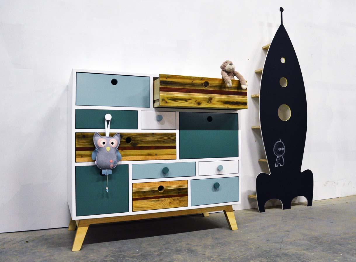 Commode kinderkast vakkenkast speels modern hout kleur