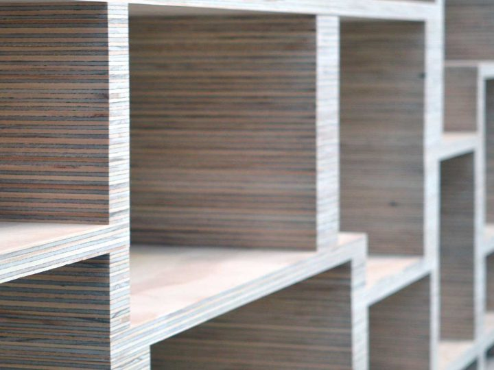 Prototype nieuwe meubelserie Atelier 180: stapelplex dressoir